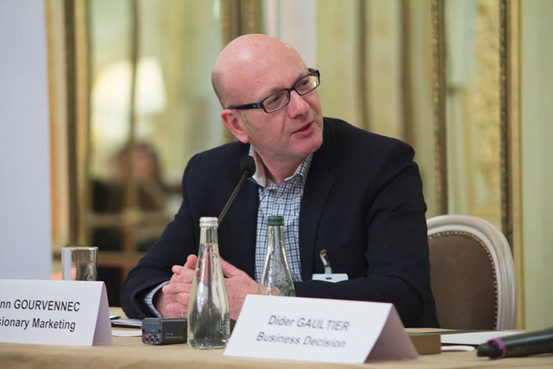 Yann Gourvennec animait la table ronde sur la DMP aux côtés de Didier Gaultier de Business & Decision